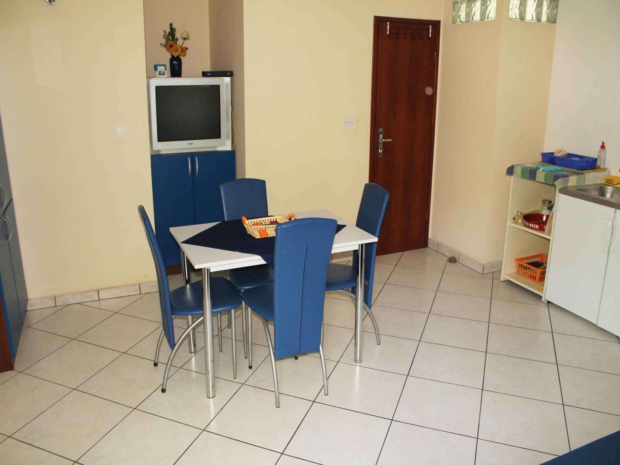 Ferienwohnung Ferienwohnungen und Zimmer Katija, Apartman A2+2 (939749), Split, , Dalmatien, Kroatien, Bild 16