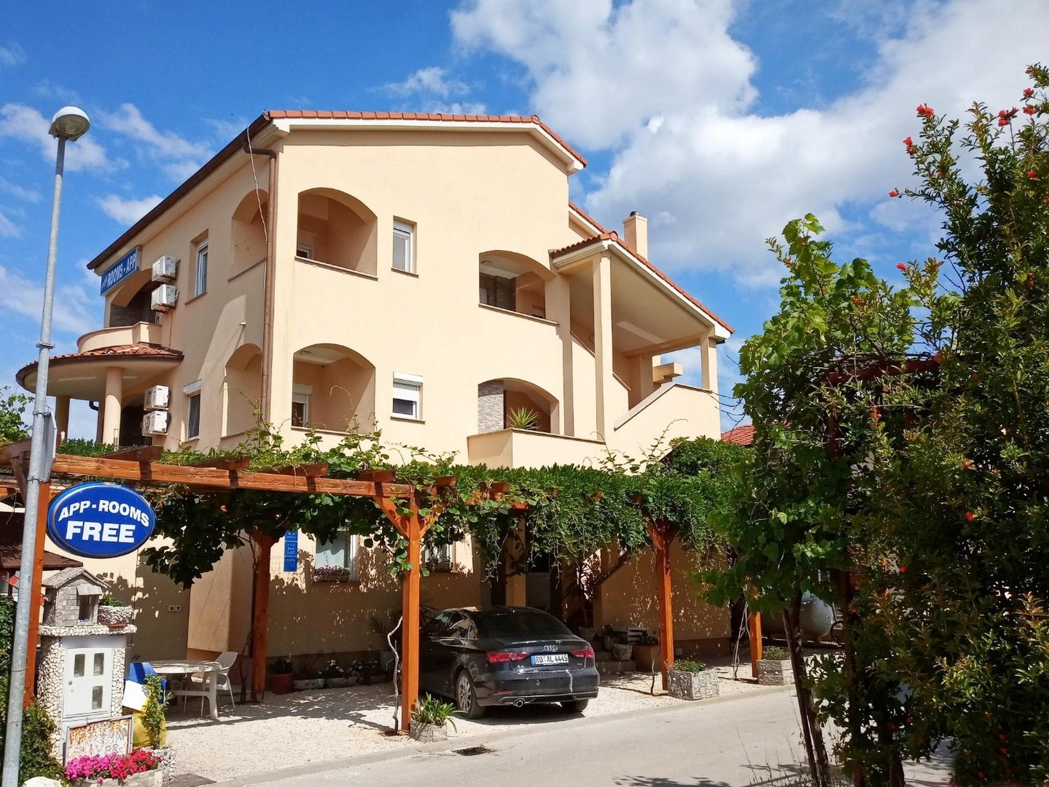 Ferienwohnungen Danijela Studio apartman s balkonom