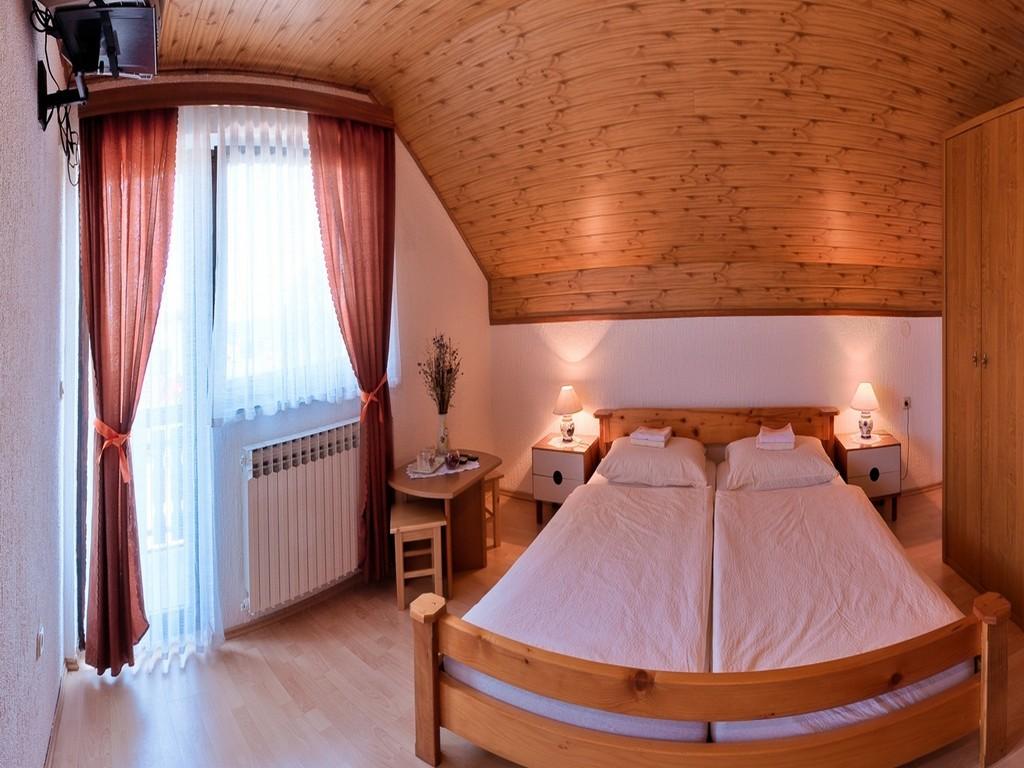 Ferienwohnung Zimmer Ilija, Soba 1/2+1 (939909), Rakovica, , Mittelkroatien, Kroatien, Bild 11