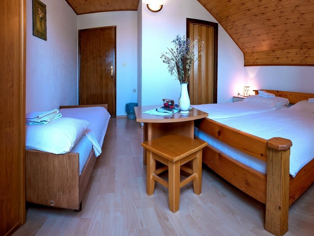 Ferienwohnung Zimmer Ilija, Soba 1/2+1 (939910), Rakovica, , Mittelkroatien, Kroatien, Bild 10