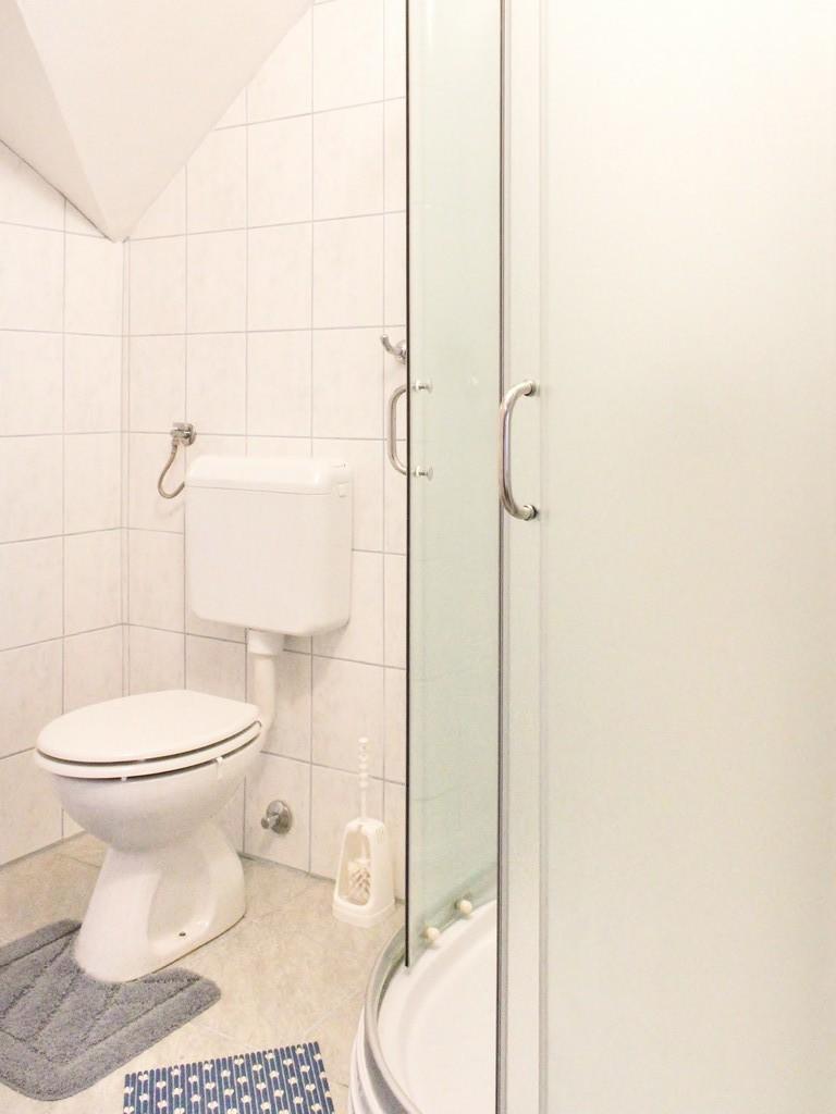Ferienwohnung Ferienwohnungen und Zimmer }eljko, Soba 1/3 (940773), Rakovica, , Mittelkroatien, Kroatien, Bild 26