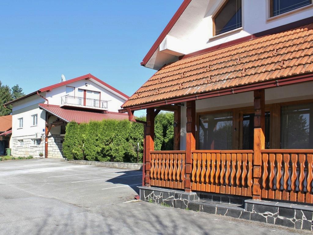 Ferienwohnung Ferienwohnungen und Zimmer }eljko, Soba 1/3 (940773), Rakovica, , Mittelkroatien, Kroatien, Bild 2