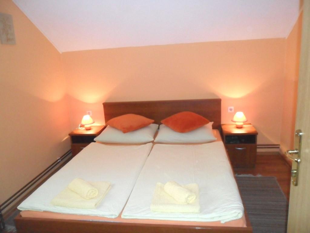 Ferienwohnung Ferienwohnungen und Zimmer Ivanka, Apartman A2+2 (1073648), Rakovica, , Mittelkroatien, Kroatien, Bild 16