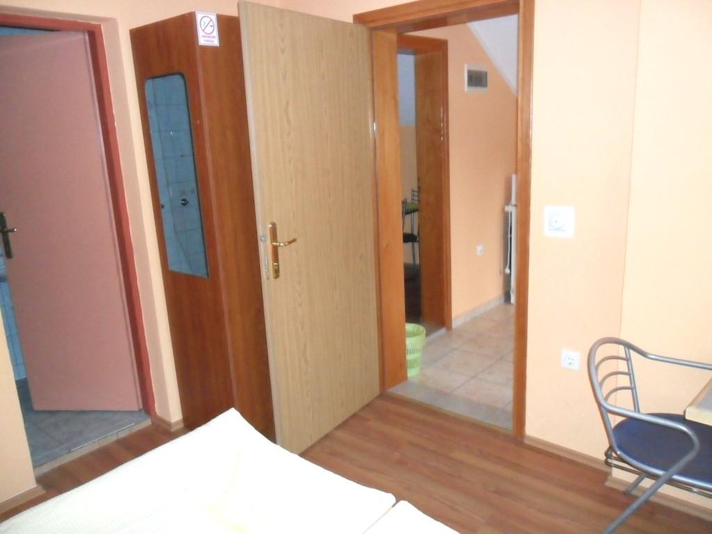 Ferienwohnung Ferienwohnungen und Zimmer Ivanka, Apartman A2+2 (1073648), Rakovica, , Mittelkroatien, Kroatien, Bild 14
