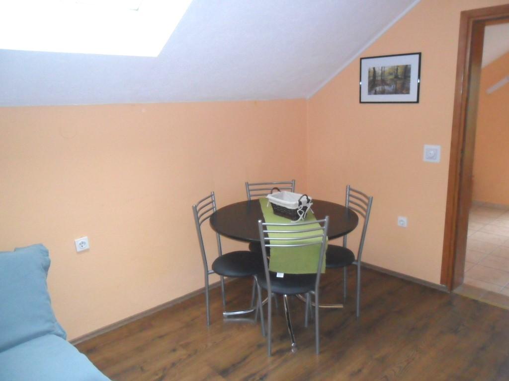 Ferienwohnung Ferienwohnungen und Zimmer Ivanka, Apartman A2+2 (1073648), Rakovica, , Mittelkroatien, Kroatien, Bild 13