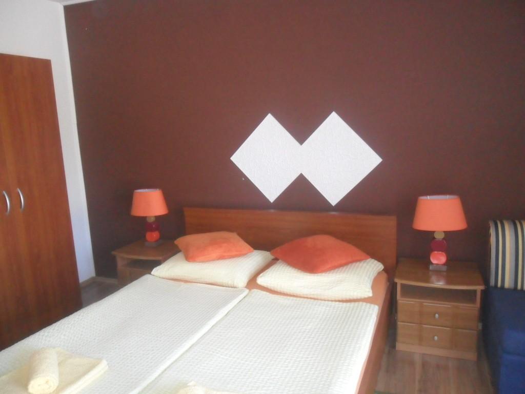 Ferienwohnung Ferienwohnungen und Zimmer Ivanka, Soba 1/2 (1073645), Rakovica, , Mittelkroatien, Kroatien, Bild 12