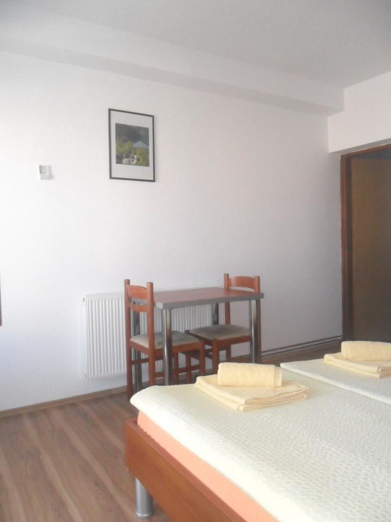 Ferienwohnung Ferienwohnungen und Zimmer Ivanka, Soba 1/2 (1073645), Rakovica, , Mittelkroatien, Kroatien, Bild 14